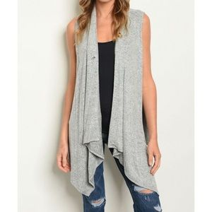 🌟NEW🌟 Gray sleeveless cardigan